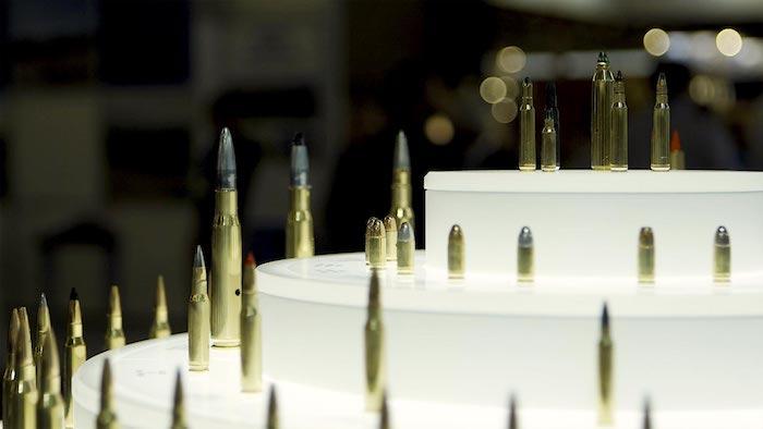 Kriegsmaterial und Militärgüter sind nicht dasselbe.